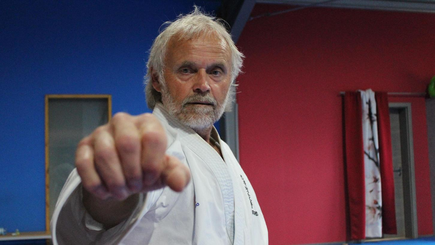 Voll fokussiert auf Shotokan Karate: Hans Rosemann.