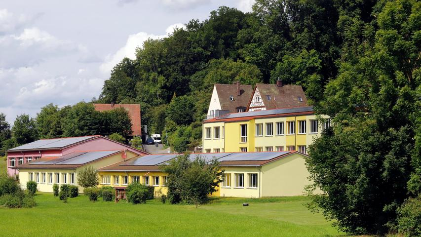 Forchheim , am  09.08.2021 Ressort: Lokales Foto: Eduard Weigert  Grundschule Egloffstein