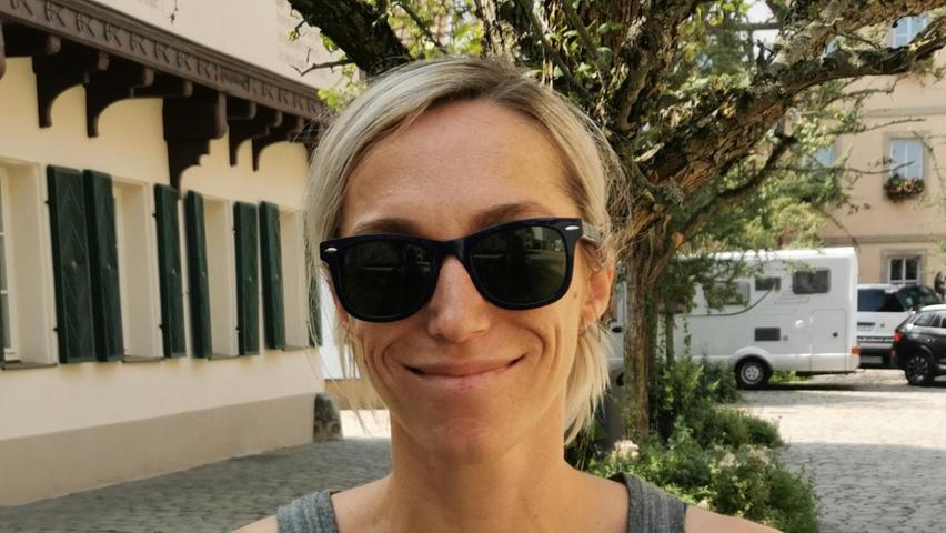 Ins Grübeln kommt die Forchheimerin Lisa Miller (36):