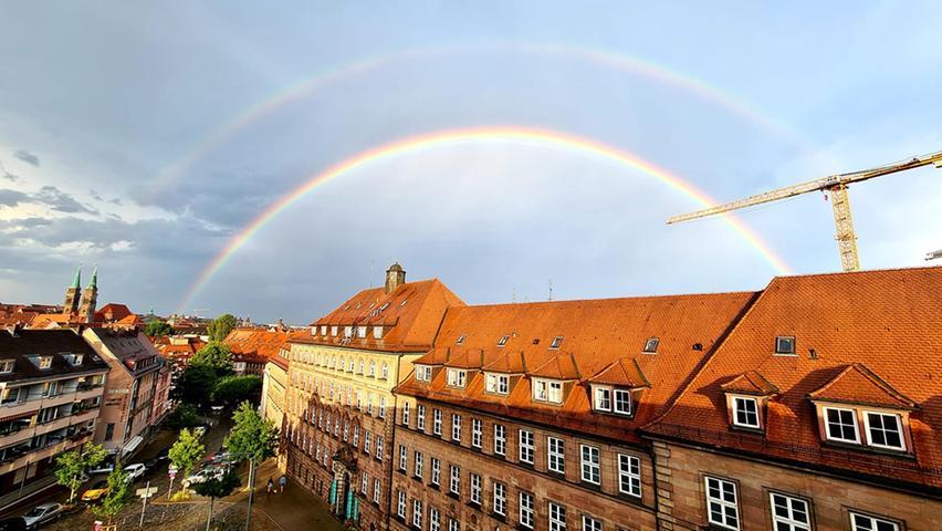 Traumhafte Bilder! Regenbogen verzaubern Franken und die Region