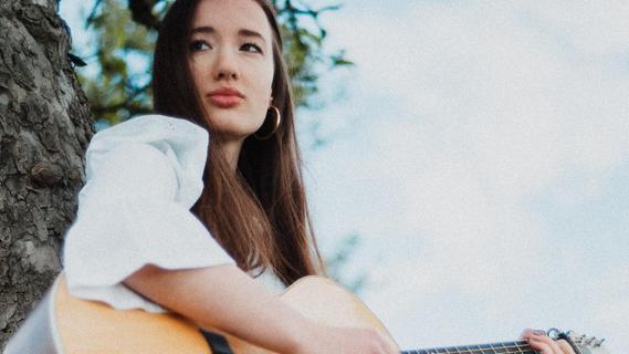 Ellie Benn: Singer/Songwriterin möchte durchstarten