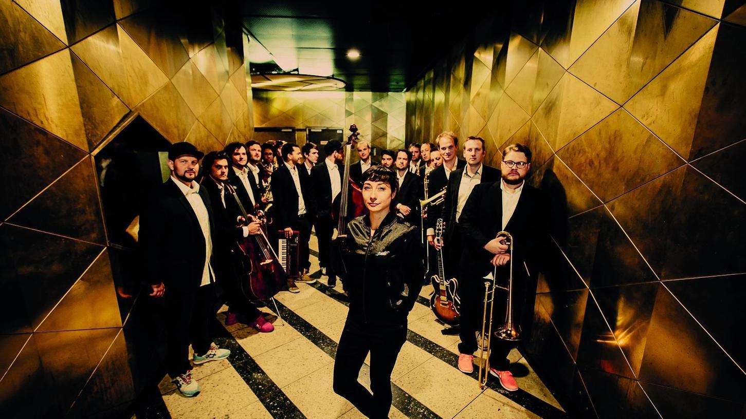 Sind ebenfalls im September beim Festival zu Gast: Die Sängerin Fiva und die Jazzrausch-Bigband.