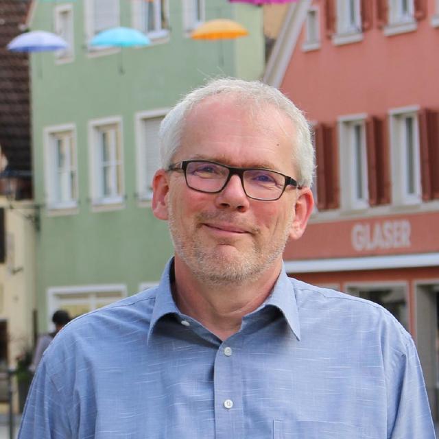 FOTO: Isabel-Marie Köppel / AB, 05.08.2021 MOTIV: Herbert Sirois (56), Direktkandidat der Grünen für Bundestagswahl 2021  für Wahlkreis Ansbach, Markplatz in Gunzenhausen
