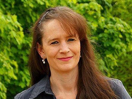Karoline Polster-Strobl, Die Basis Nürnberg, 42, geschieden, ein Kind, Krankenschwester.