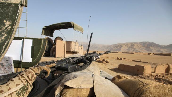 Ein Blick über die Sandsackbarrieren von Baghlan. Schon wenige Tage nach dem Rückzug der deutschen Truppen aus dem Norden Afghanistans haben die Taliban alle Gebiete unter ihre Kontrolle gebracht.