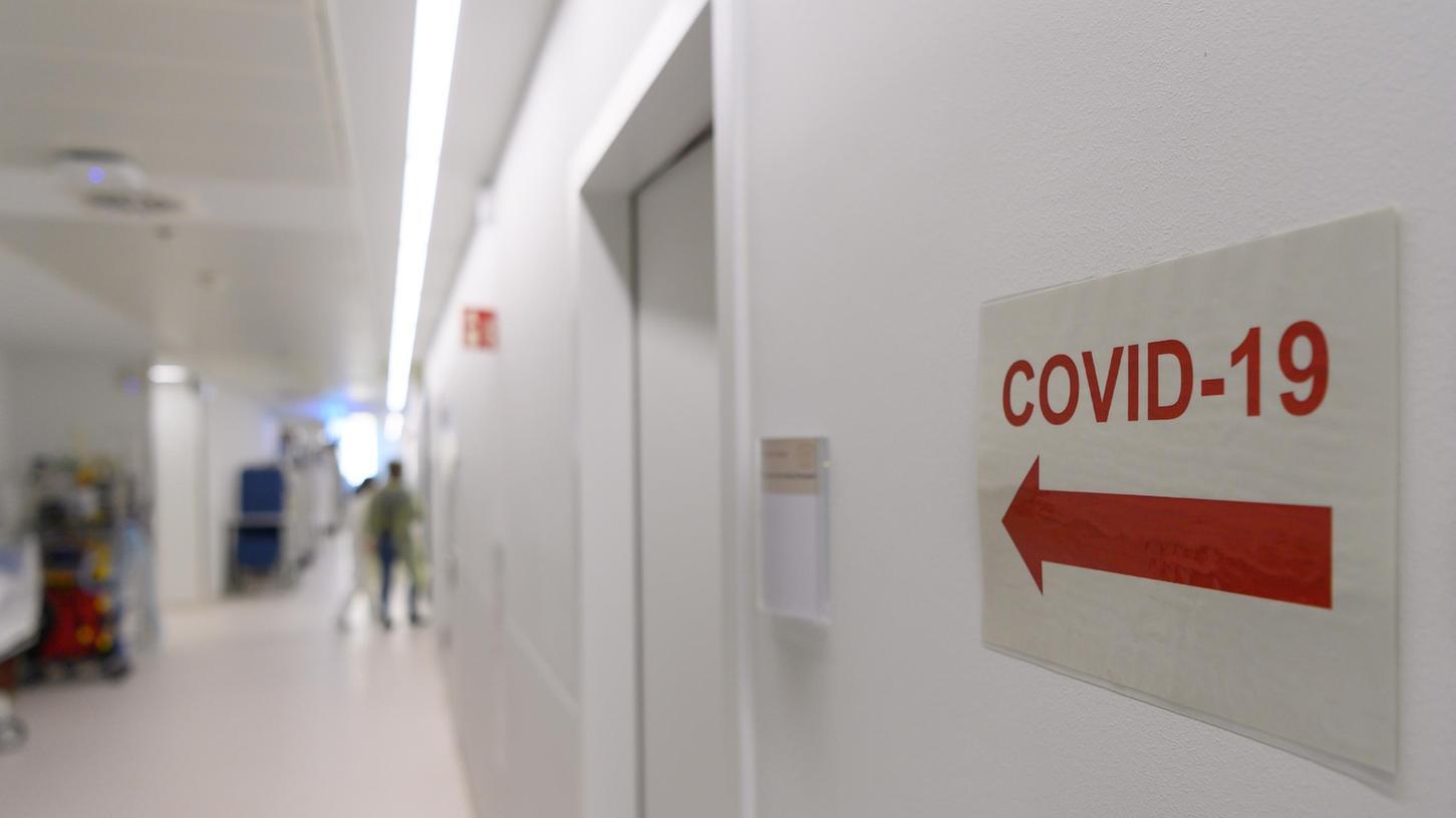 Aktuell liegen nur wenige schwer erkrankte Covid-19-Patienten auf den Intensivstationen, doch das kann sich schnell wieder ändern.