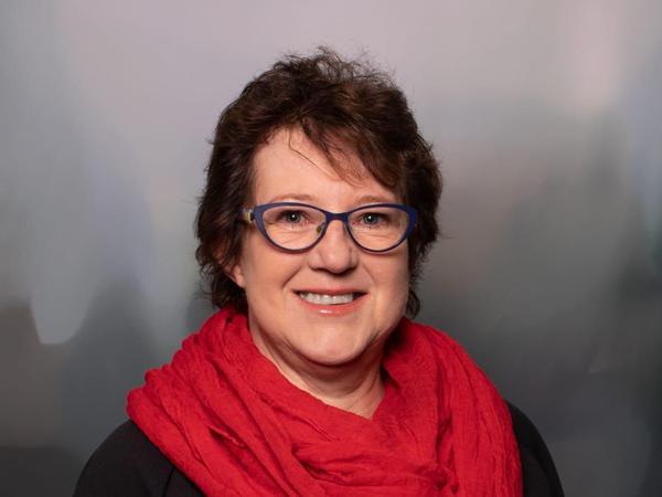 Evelyn Schötz (Die Linke), 60 Jahre, Schwaig.