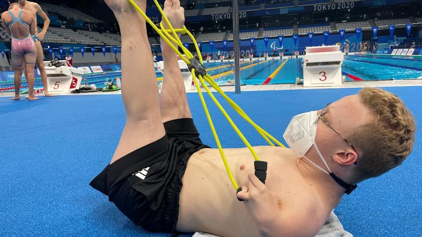 Paralympics Schwimmer Josia Topf aus Erlangen bei der Vorbereitung in Tokio