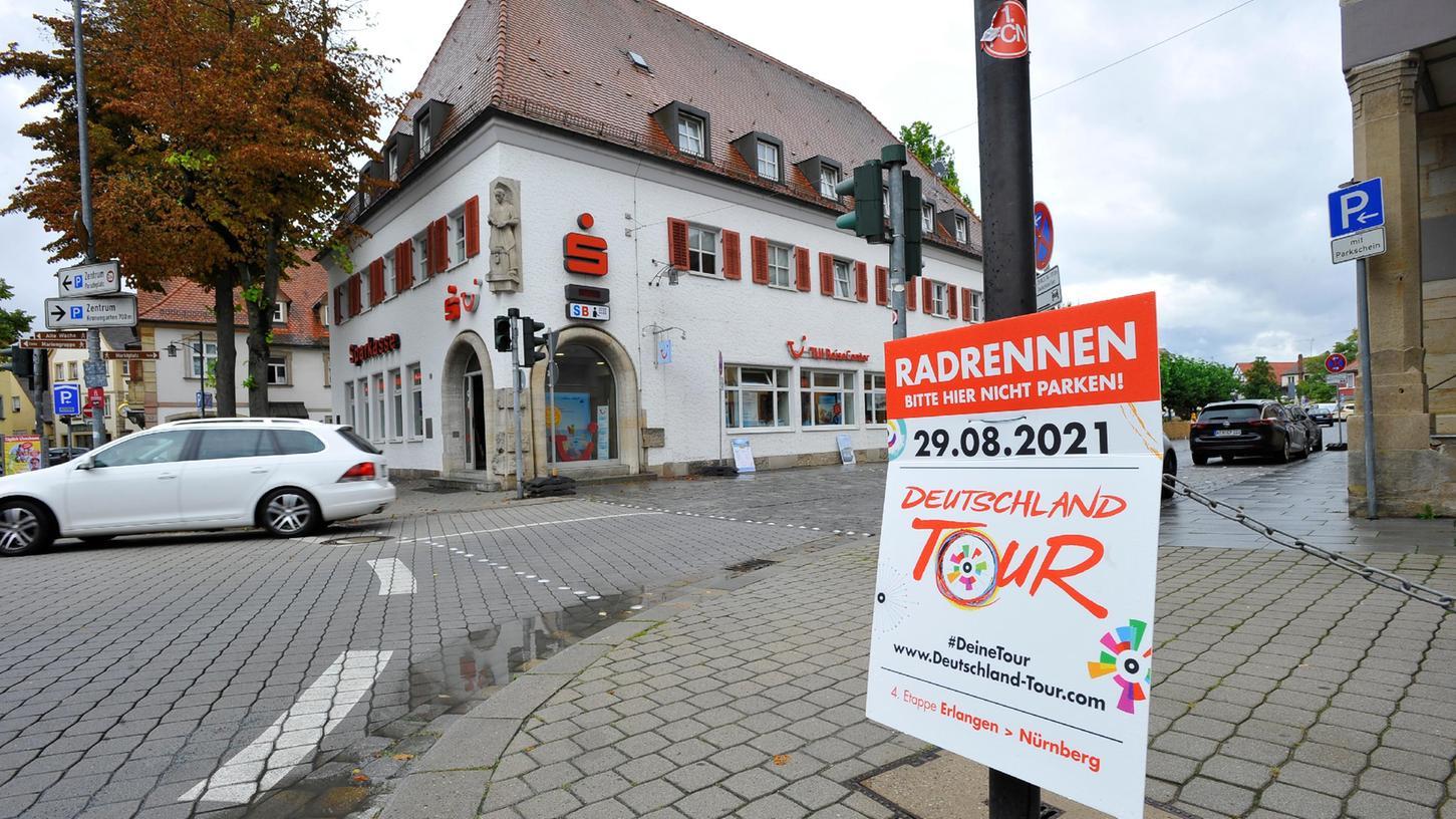 Eher verhalten läuft die Werbung für die Deutschland Tour. Immerhin erfährt der Forchheimer durch Parkverbotstafeln von dem Radrennen.