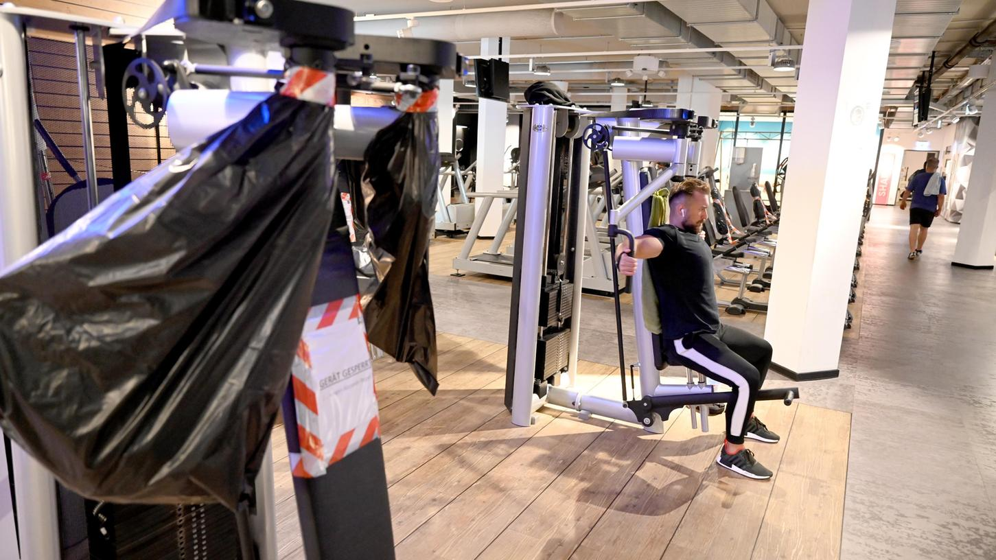 Erst Lockdowns, dann strenge Hygieneregeln. Manch ein Fitnessstudio-Betreiber befürchtet Mitgliederschwund.