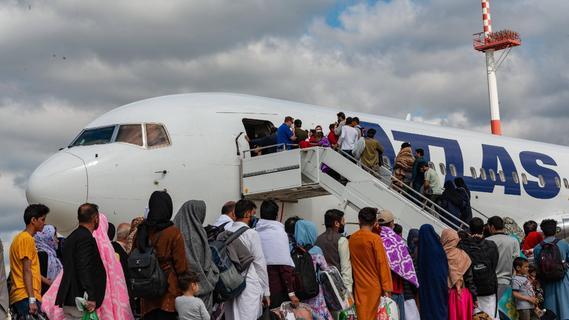 Afghanistan: 5000 Geflüchtete könnten einstweilen in der Region unterkommen