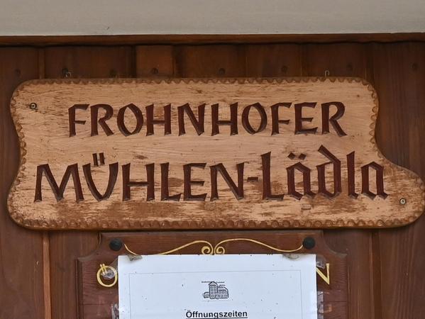 Im Frohnhofer Mühlenlädla kaufen Besucherinnen und Besucher aus nah und fern ein.