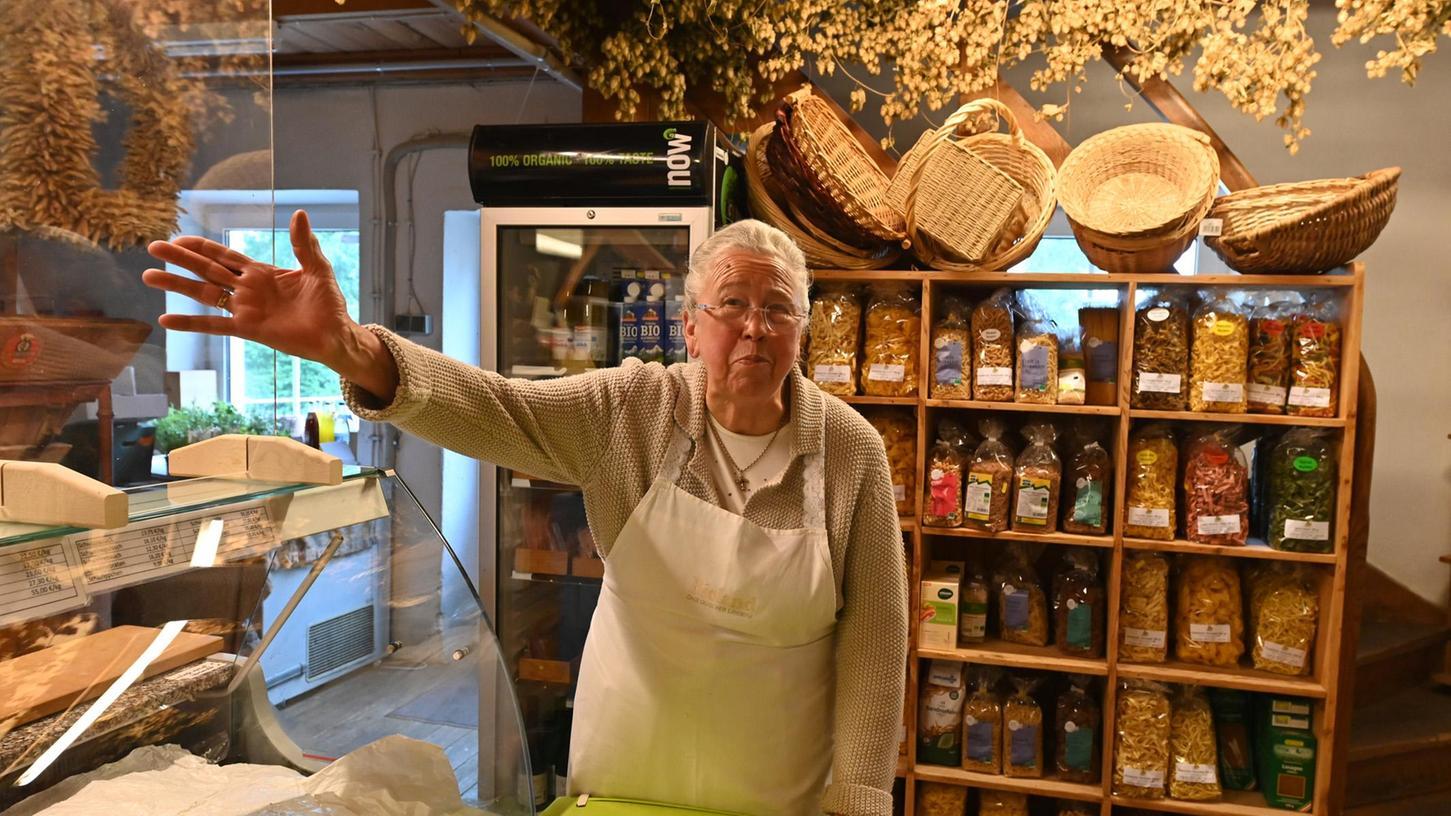 Willkommen im Frohnhofer Mühlenlädla:Gertraud Switalski ist seit 1979 Vorkämpferin der artgerechten Tierhaltung.