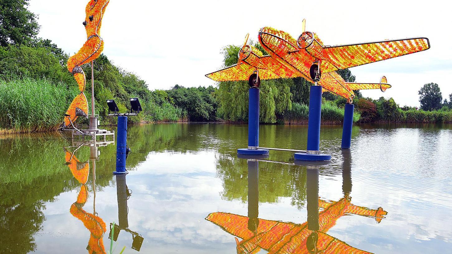 Eine Ausstellung mitten im Wasser: Dieter Erhards Meerjungfrau