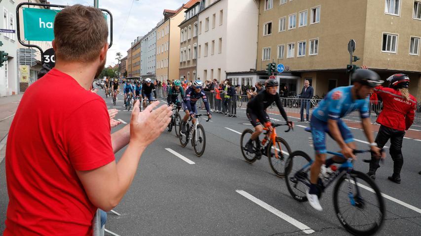 Super-Fans und Fahrrad-Spaß: So war die Deutschland Tour in Erlangen