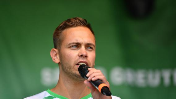 Fürther Flachpass: Wie wird man Stadionsprecher, Julian Pecher?