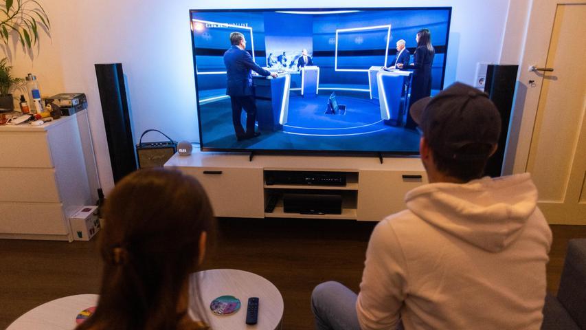 Baerbock und Laschet bei TV-Showdown streitlustig - Scholz klar, aber zurückhaltend
