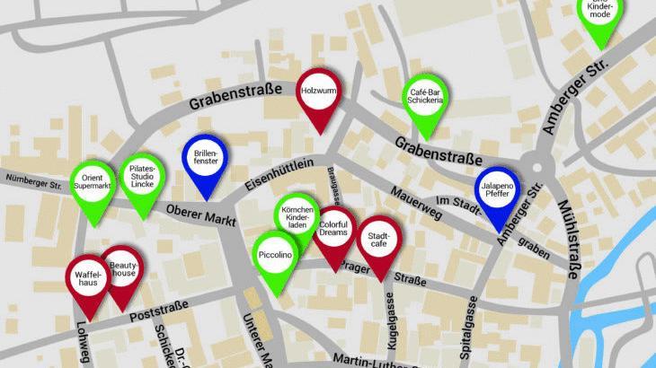 Ladenschließungen (in Rot) sowie Neueröffnungen (in Grün) halten sich in der Hersbrucker Innenstadt in Folge der Corona-Pandemie in etwa die Waage. Dazu kommen noch einige Geschäftsübernahmen (in Blau). Bei dieser Grafik besteht kein Anspruch auf Vollständigkeit, zumal die Geschäftswelt in stetigem Wandel ist. Letzteres bestätigt auch Tobias Chilla von der Uni Erlangen.