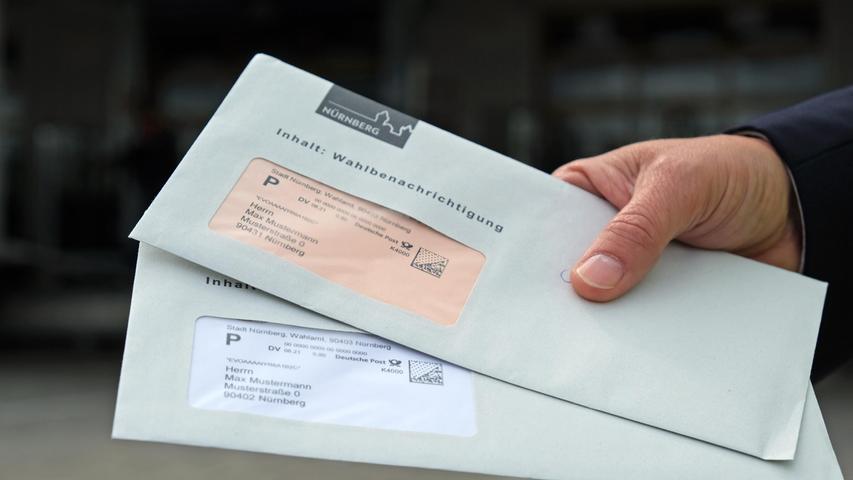 Diese Wahlbenachrichtigungen finden die Nürnbergerinnen und Nürnberger dieser Tage in ihren Briefkästen. Die Bundestagswahl,offiziell