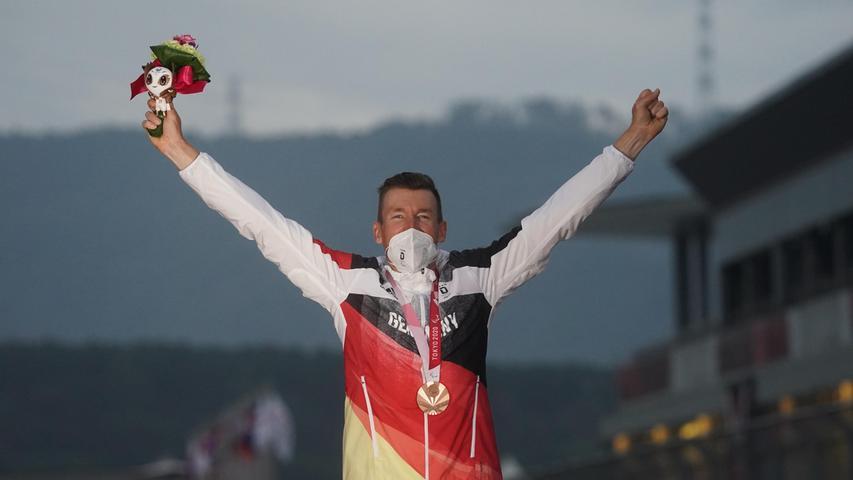 Zufrieden: Matthias Schindler hatte sich im Stillen Gold vorgenommen, feierte Bronze aber trotzdem angemessen.