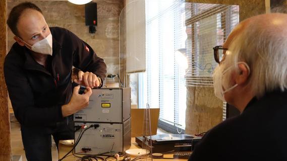 Repair Café: Der Plattenspieler dreht sich wieder