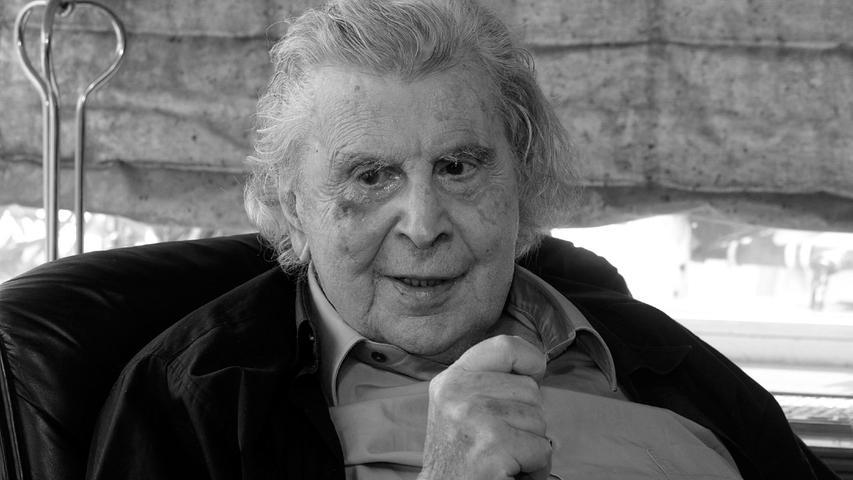 Der 1925 geborene Schöpfer des Sirtaki-Songs ist im Alter von 96Jahren gestorben. In Griechenland wurde er als Nationalheld verehrt, international war er als Musiker, Schriftsteller, Politiker und kritischer Geist bekannt.