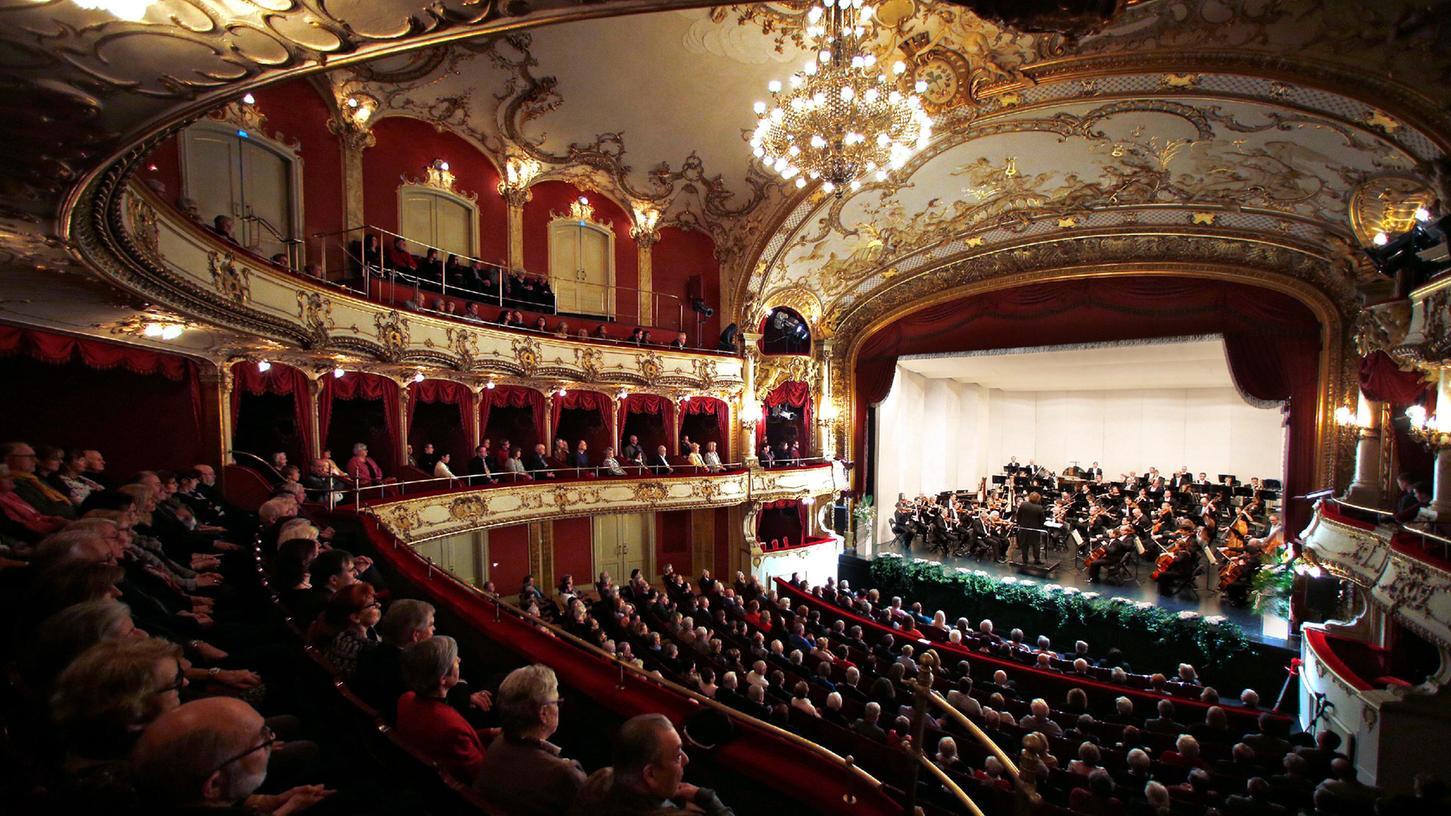 Volles Haus und keine Maske mehr: In wenigen Tagen ist dies wieder im Stadttheater Fürth möglich.