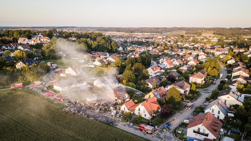 Einfamilienhaus in Rohrbach explodiert: Großaufgebot an Rettungskräften im Einsatz