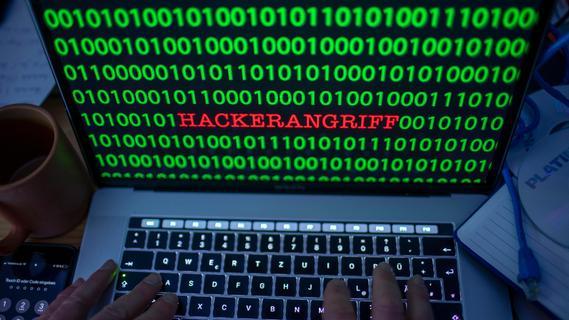 Erpressung und Produktionsausfall: Millionenschäden durch Hackerangriffe