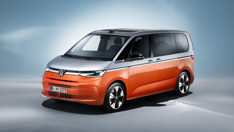 VW T7 Multivan: Der große Klassiker für Familien bekommt jetzt einen Stecker.