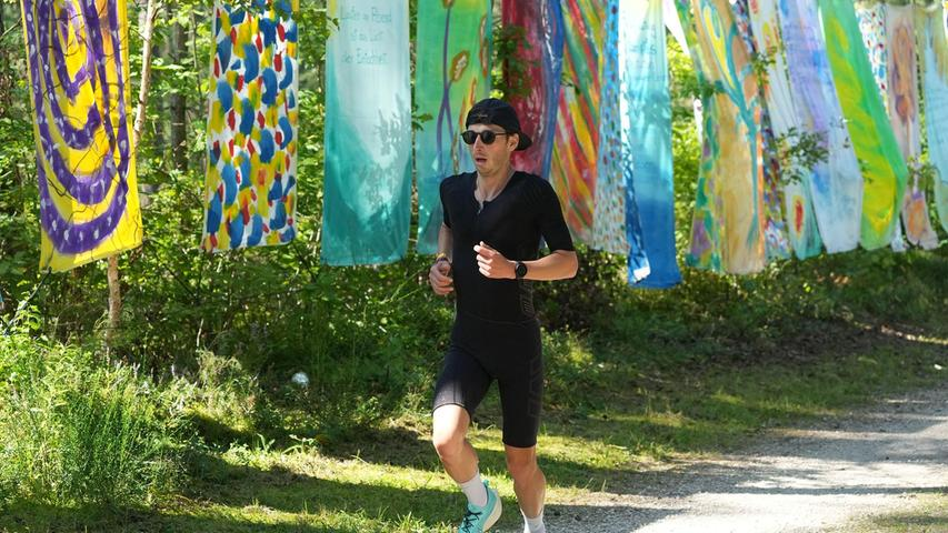 Kräftezehrendes Laufspektakel beim Challenge Roth: Die Bilder vom dritten Teil des Sportevents