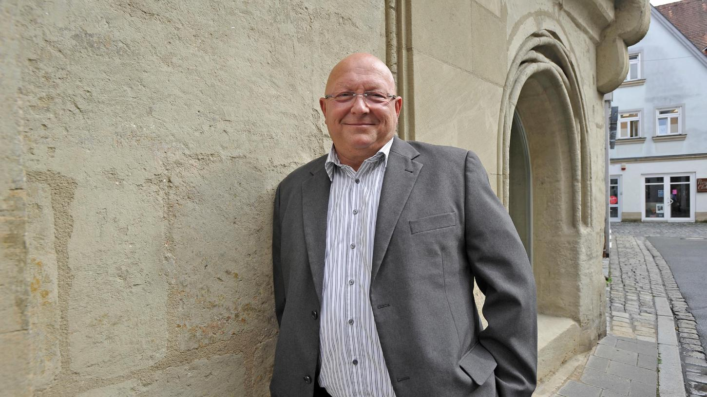 Michael Weiß tritt im Wahlkreis Bamberg, zu dem die Gemeinden im westlichen Landkreis Forchheim gehören, zur Bundestagswahl an.