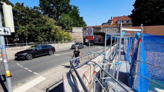 Am Fürther Tor: 126 Jahre alte Brücke wird saniert und bremst Verkehr aus