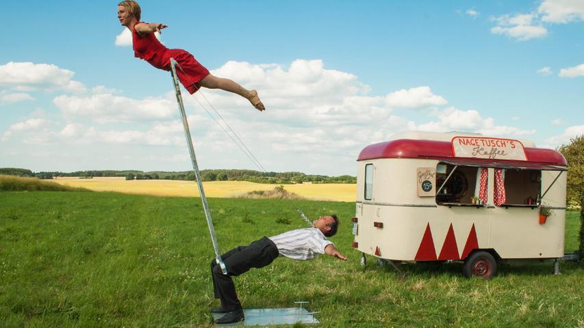 Beim ZirkArt-Festival in Forchheim schweben die Jongleure und Artisten in der Luft