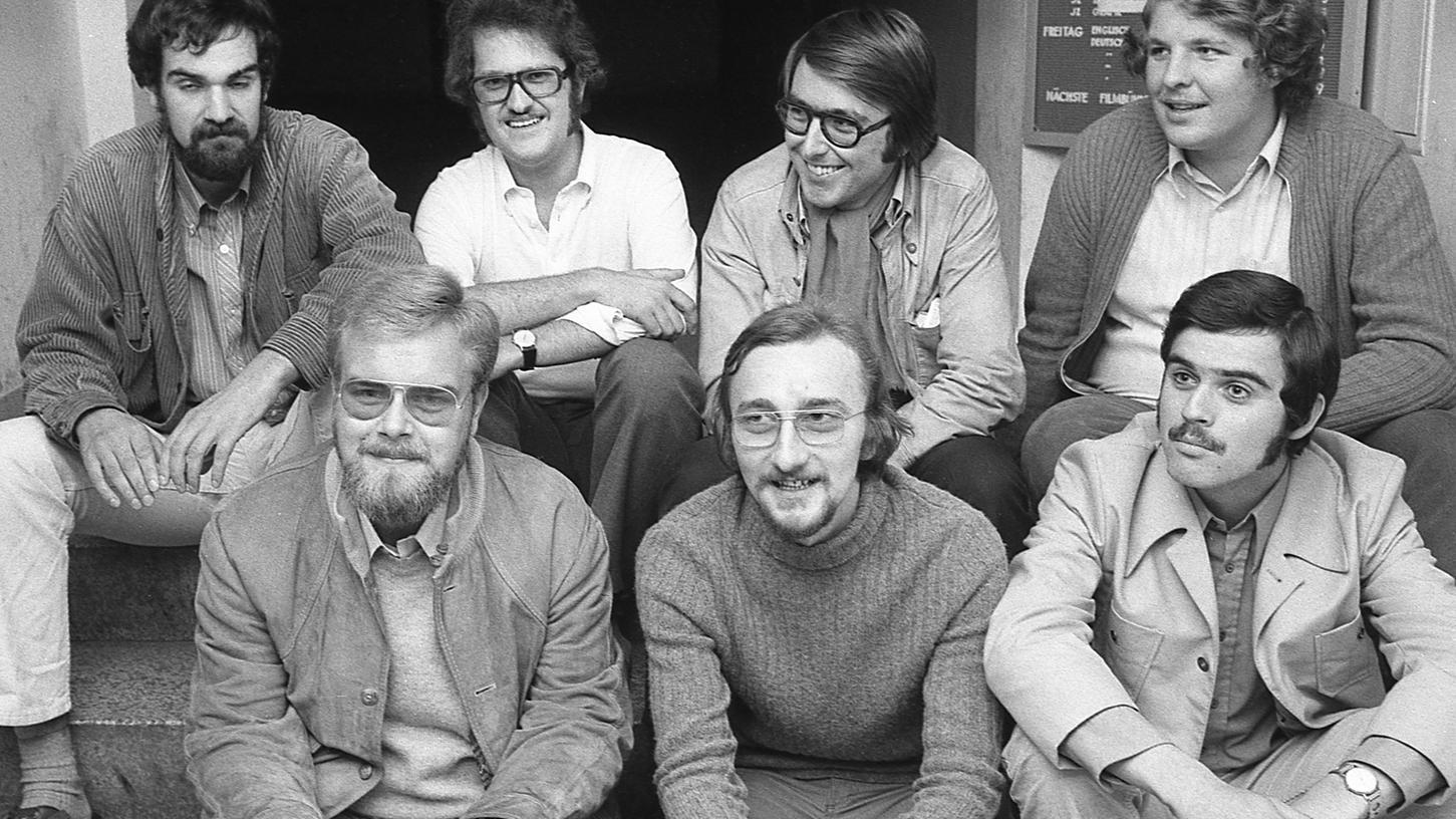 Der neue Vorstand der Nürnberger Jungsozialisten (in der oberen Reihe von links) Gebhard Schönfelder, Manfred Endebrock, Günter Conrad und Christian Bayerlein. Unten (von links) Rolf Mühldorf, Karlheinz Meeh und Joachim Mößlen.