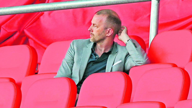 Schadensbegrenzung: Niels Rossow, der Kaufmännische Vorstand beim Club, saß seit Beginn der Pandemie häufiger alleine im Stadion. Wie bei der Hamburger SV versuchen auch die Nürnberger die so entstandenen Lücken zu füllen.