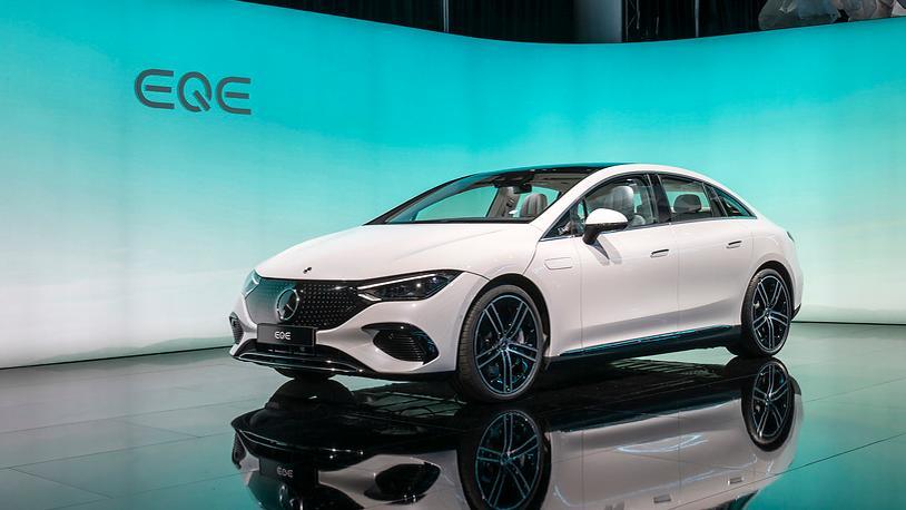 Mercedes zeigt in München das elektrische Pendant zur E-Klasse, den EQE.