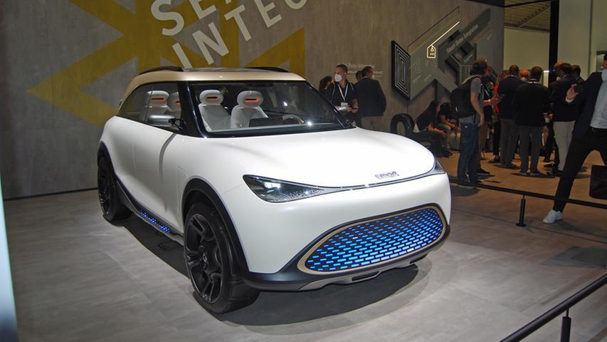 Das soll schon im kommenden Jahr aus dem Smart werden: Ein 4,29 Meter langer Crossover, natürlich mit Elektroantrieb. Gebaut wird er in China.