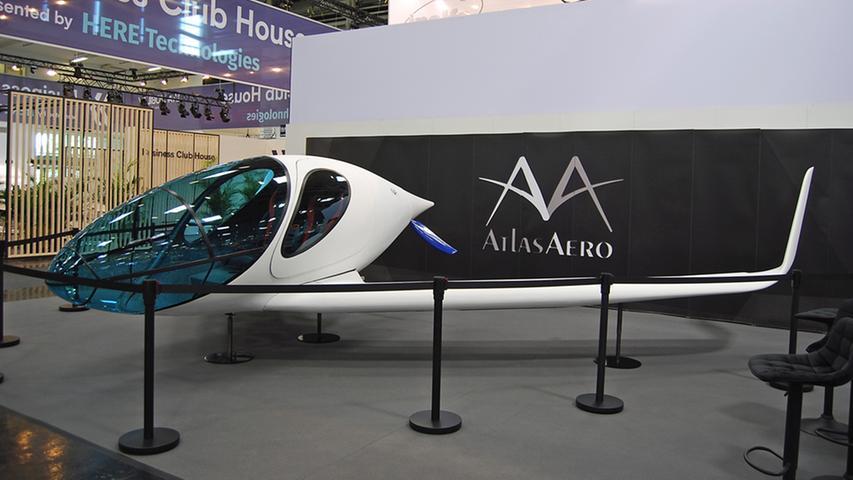 Die IAA lässt es fliegen: Der Atlas Aero kommt aus dem fränkischen Spalt. Der Start erfolgt senkrecht wie bei einer Drohne, ein mit synthetischem Kraftstoff betriebener Generator treibt elektrische Rotoren an.