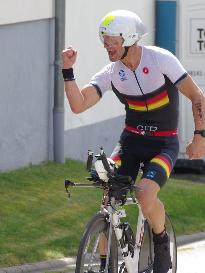 Auf der ersten Radrunde war Georg Knollnoch richtig gut drauf.