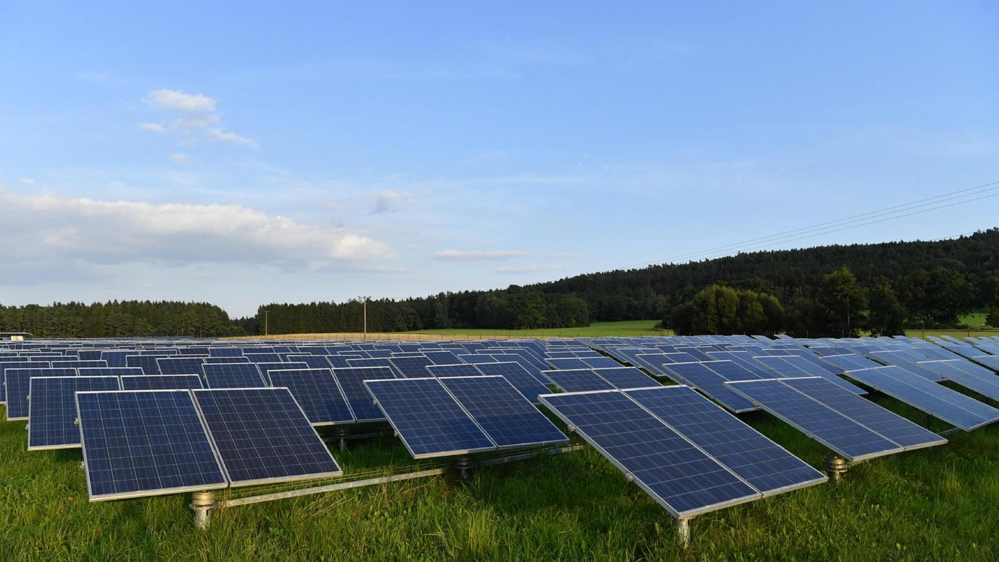 Für Fotovoltaik-Anlagen wiehier in Postbauer-Heng sind Ausgleichsflächen notwendig.