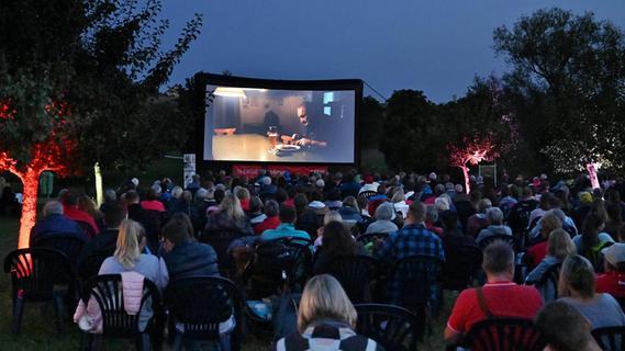 Die N-Ergie Kinotour bescherte Kalchreuth einen lauschigen Sommerabend