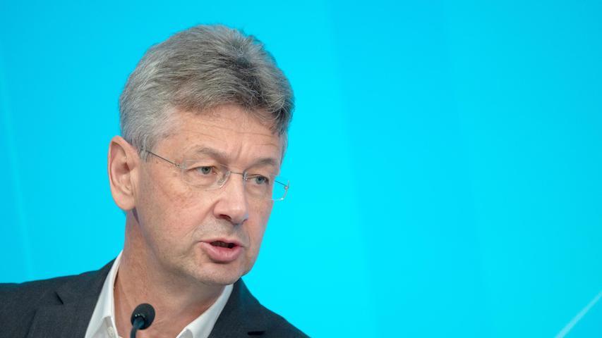 Er ist verantwortlich für die Schulen:Bayerns Bildungsminister Michael Piazolo von den freien Wählern.