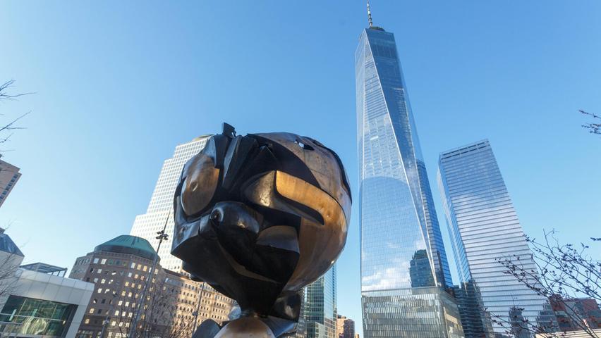 Nach dem 11. September 2001 fand die Skulptur im Liberty Park in der Nähe ihres ursprünglichen Standortes eine neue Heimat.