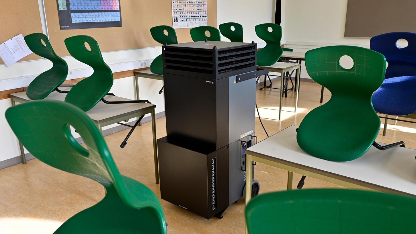 In Erlangens Städtischer Fachschule für Techniker gibt es bereits mobile Raumluft-Filteranlagen. Bis die Schulen im Landkreis ERH flächendeckend damit ausgestattet sind, wird es wohl noch eine Weile dauern.
