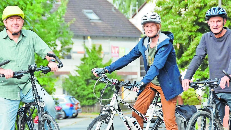 Werner Struzyna, Isabella Weber und Walter Miller (von links) sind drei der vier Sprecher der neuen ADFC-Ortsgruppe. In Oberasbach sehen sie für die Belange der Radler noch sehr viel Verbesserungsbedarf.