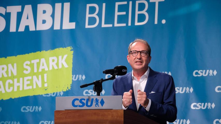 Zusammen mitCSU-Landesgruppenchef Alexander Dobrindtwarb Söder um die Gunst der Wähler.