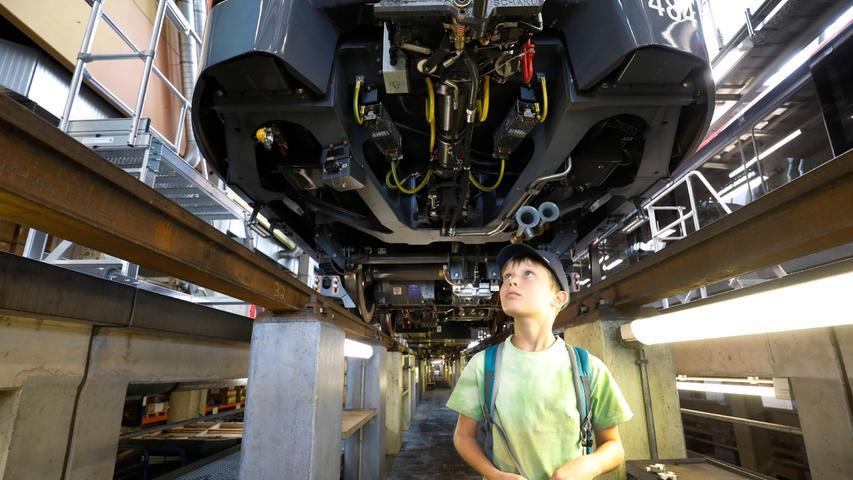 Rundgang: So wird in der U-Bahn-Werkstatt in Langwasser gearbeitet