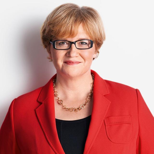 MOTIV: Portrait Anette Kramme (SPD) - Wahlkreis Bayreuth - Foto: SPD - gesp. 9/2017