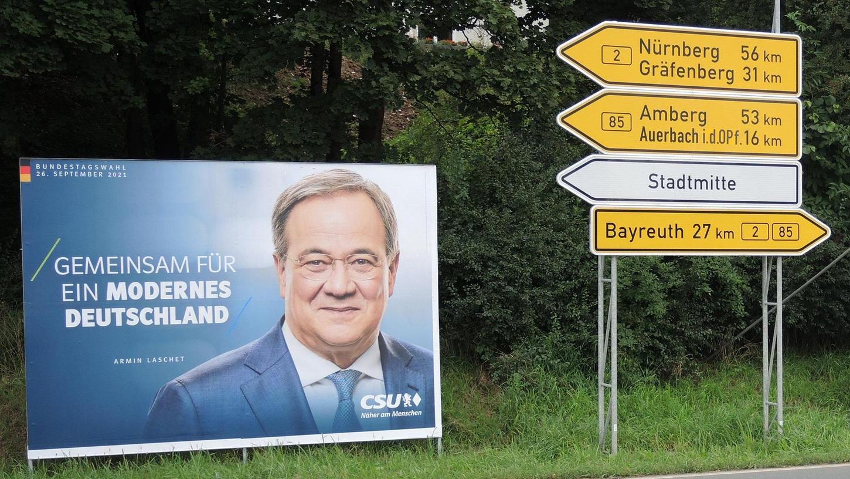 Wohin geht es für die CSU und den Unionskandidaten Armin Laschet bei der Bundestagswahl am 26. September? Die aktuellen bayerischen Umfragewerte für die Partei verheißen nichts Gutes.